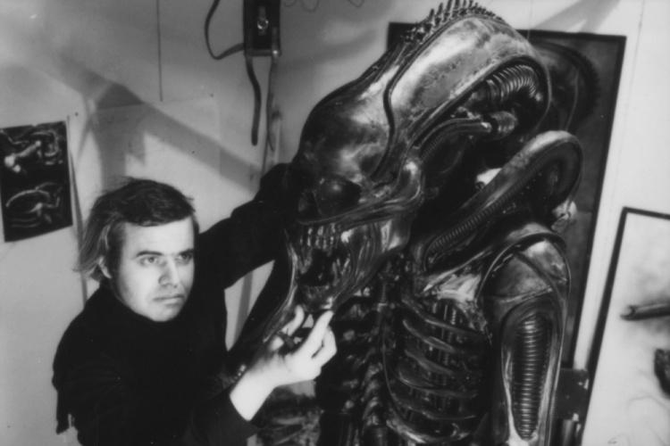 Resultado de imagem para H.R. Giger com o alien