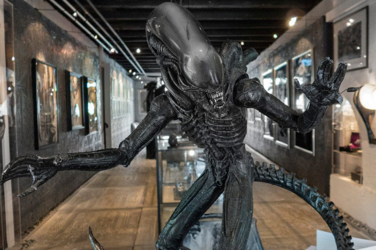Full size Alien creature from Giger's Oscar-winning film designs